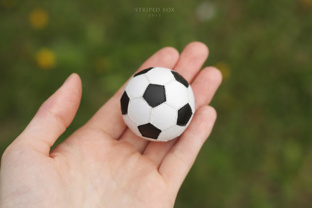 1/6 scale ball for a doll