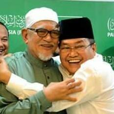 POLITIK BARU PRES. BULAN BERSUBAHAH DGN AKIDAH JAHILIYYAH NASIONALISMA MELAYU ; PERKASAM DAN KERIS