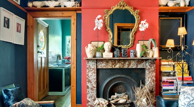 Aranżacja kolorowego salonu
