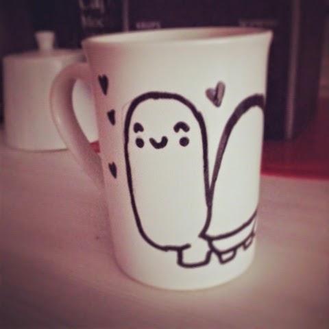 taza decorada a mano con dibujo de tortuga