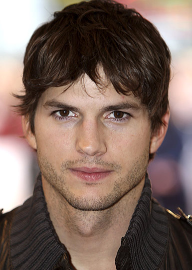 Ashton Kutcher Wallpapers Celebrity Gossips