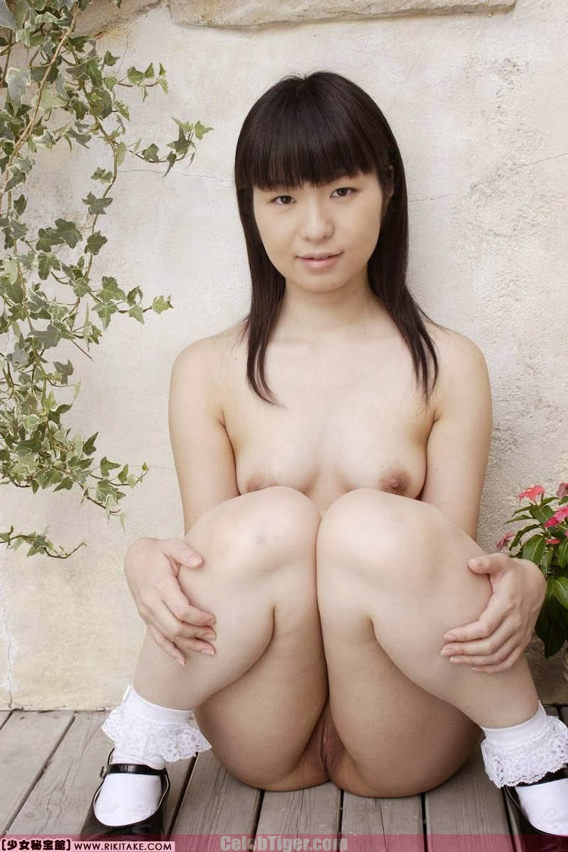 Asian School Girl Tui Kago Nude Outdoor Leaked Photos 2013  www.CelebTiger.com 150 Asian School Girl Yui Kago Nude Outdoor Photos 2013 Part 3