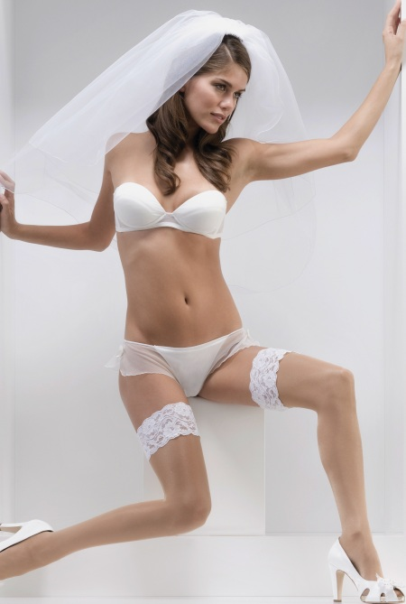 Luxury Two Tone Bridal Hold Ups