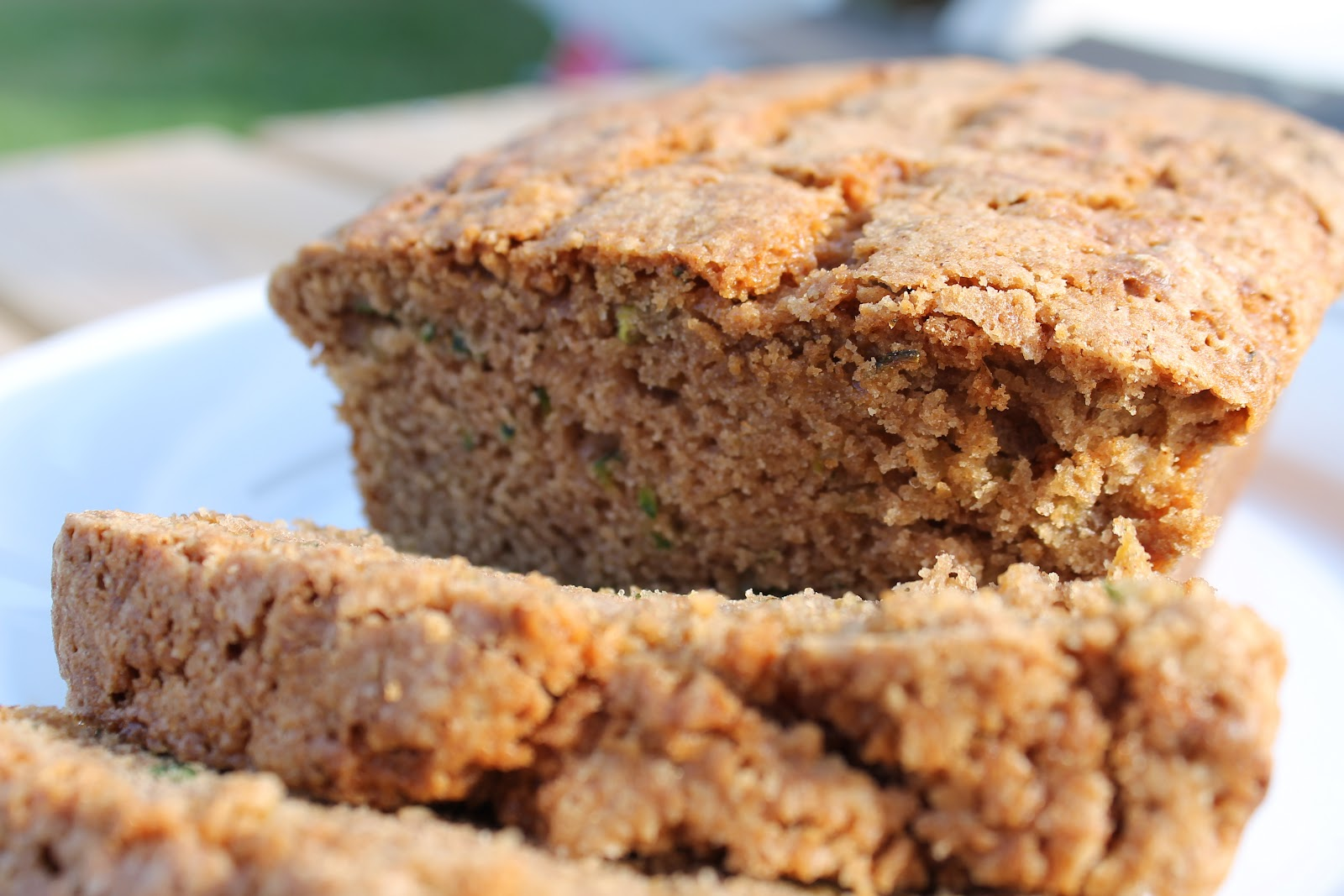 Desperate Craftwives: Best Zucchini Bread EVER!