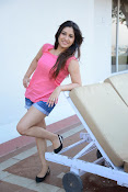 Prabhajeet Kaur Glamorous Photo shoot-thumbnail-64