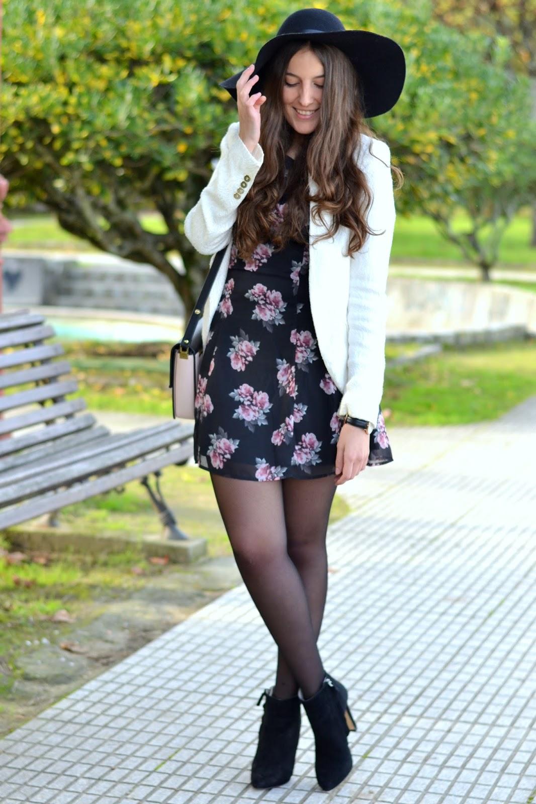 vestido, flores, americana, blanca