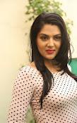 Sakshi chowdary latest glam pics-thumbnail-13