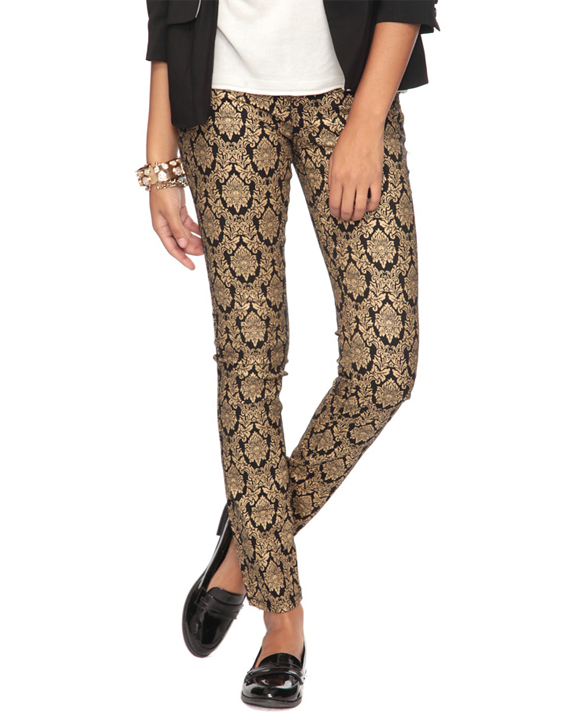 Über Chic for Cheap: Spied: Gold Damask Skinny Jeans