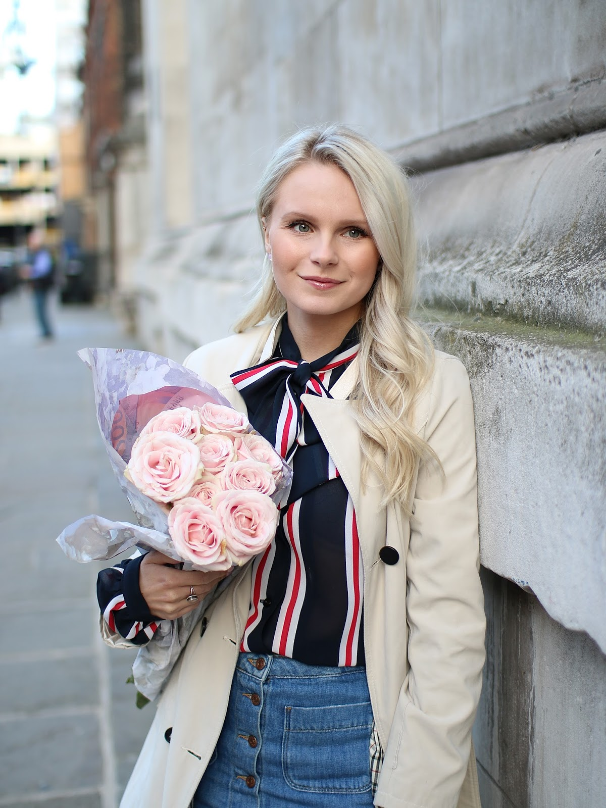 romantic blush tones roses in london