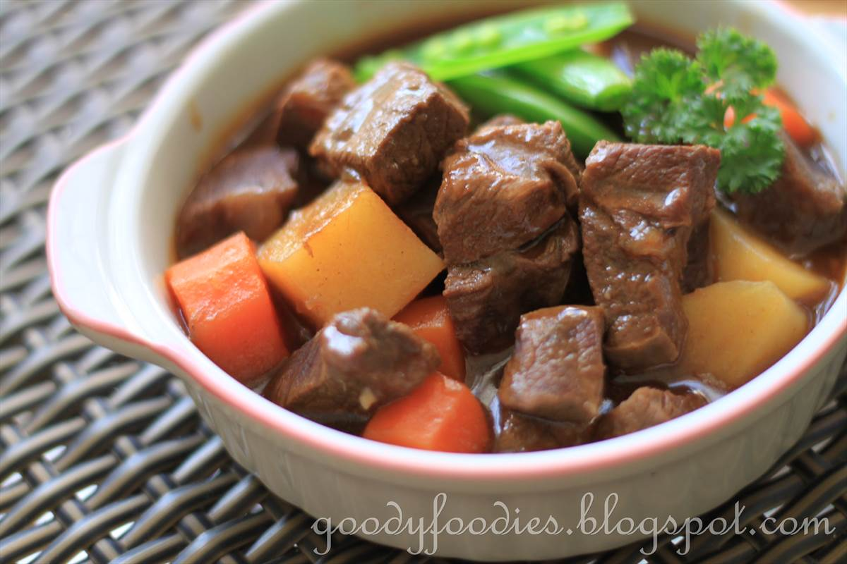 ... beef and dark beer chili beef stew with beer and paprika beef