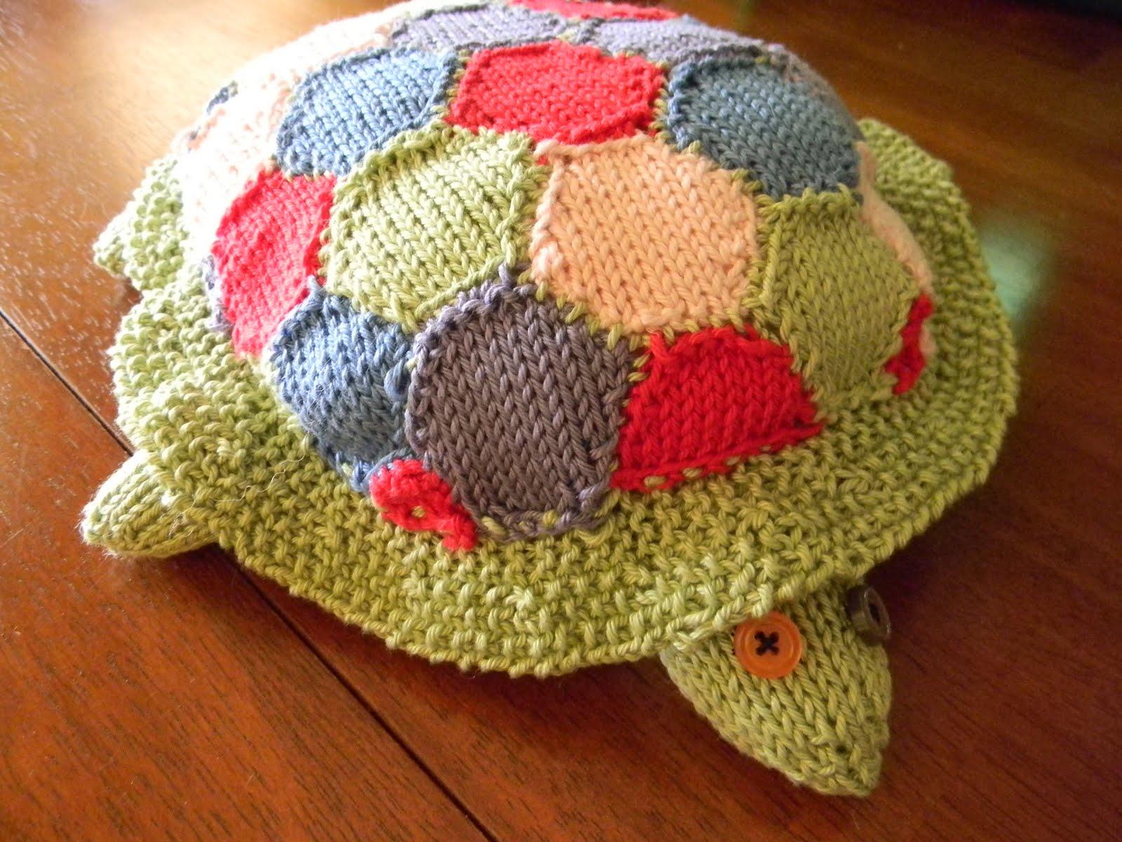 vegan=yummy: knitting project :) baby turtle