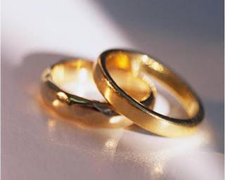 الرجال يفضلون الزواج التقليدي أكثر من الارتباط بقصة حب  - خاتم الزواج الخطوبة الخطبة - wedding ring