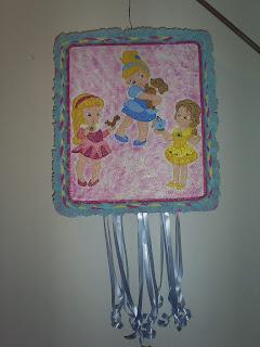 Centros de Mesa y Piñatas de Princesas Bebes