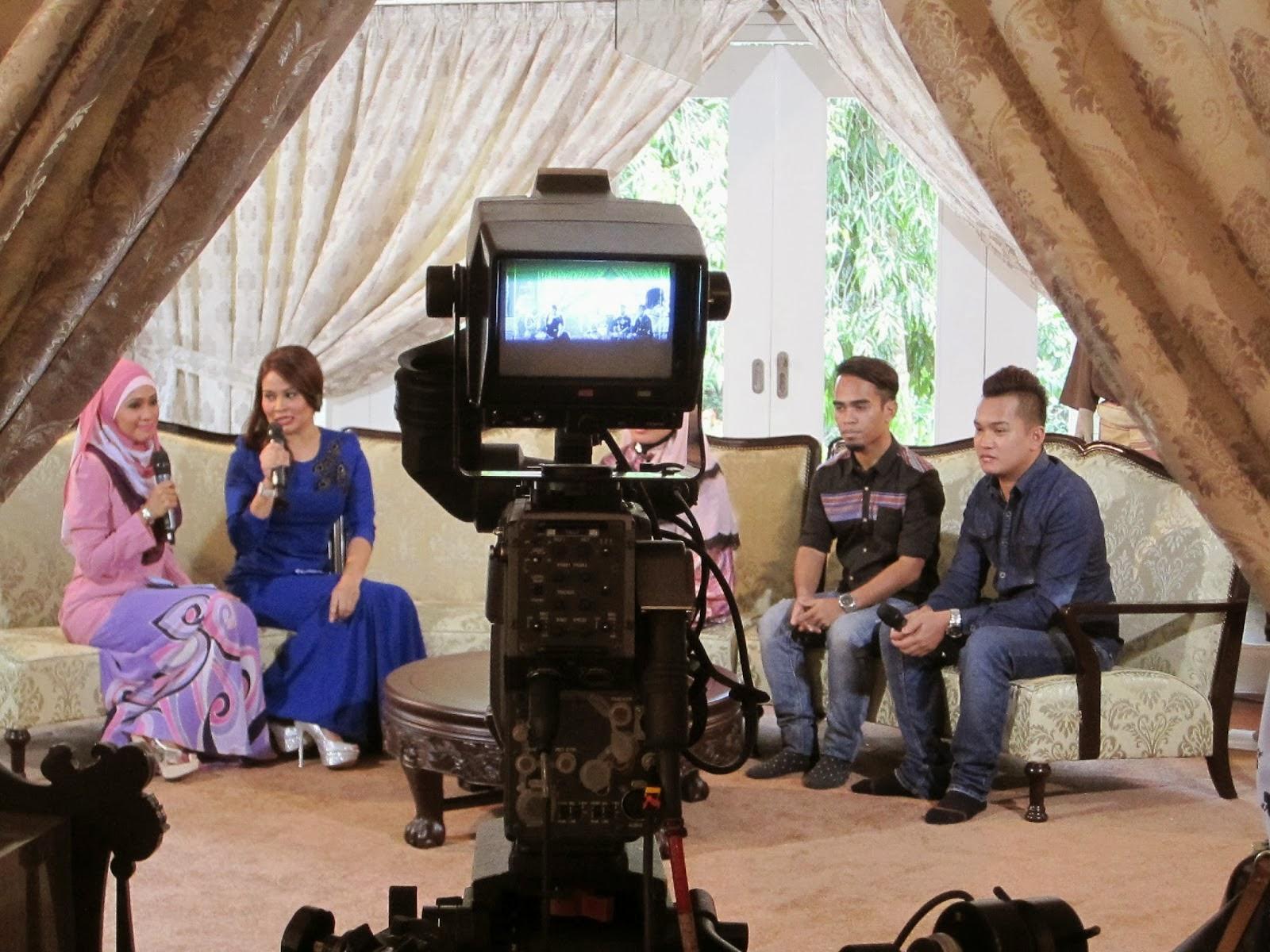 FESYEN ETNIK PUA KUMBU DI WANITA HARI INI (WHI) TV3 SEMPENA HARI MERDEKA 2013.