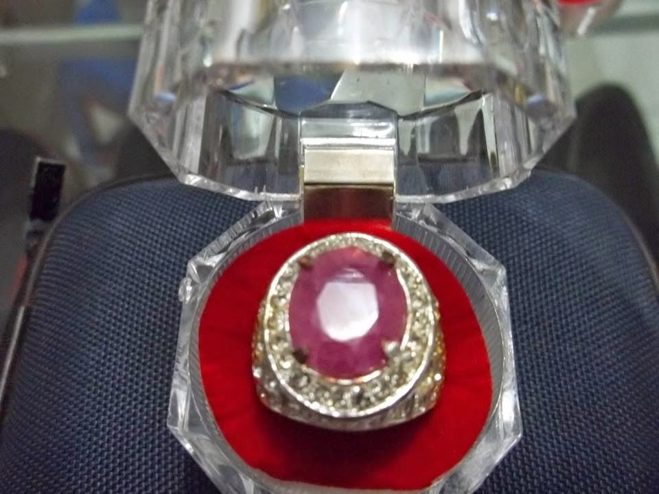 Batu Natural Fresh Ruby Top Colour