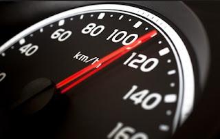 Tips aman Ngebut dengan Mobil
