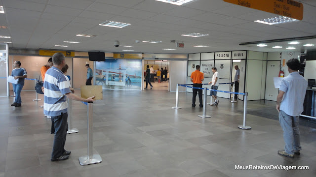 Desembarque do Aeroporto Internacional Hercílio Luz - Florianópolis