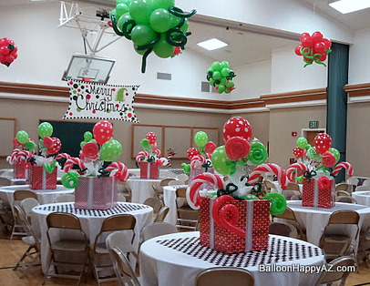the following are just a couple balloon designs i did for a christmas party - Christmas Balloon Decor