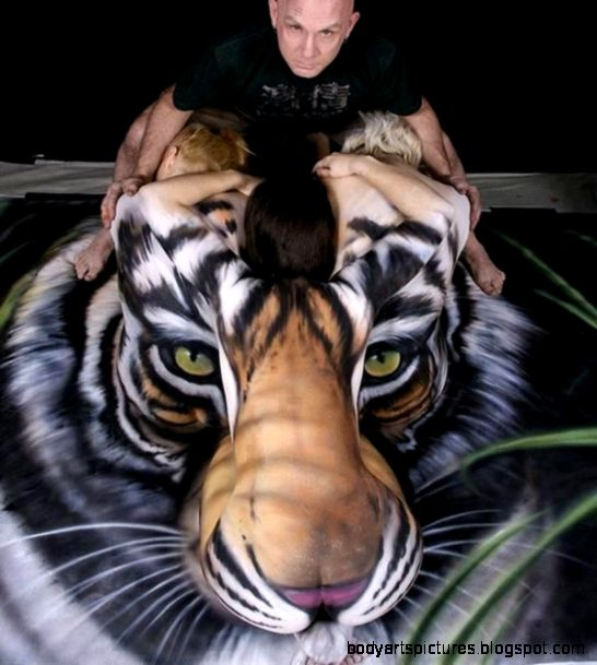 Tiger Body Paint Optical Illusion  Mighty Optical Illusions