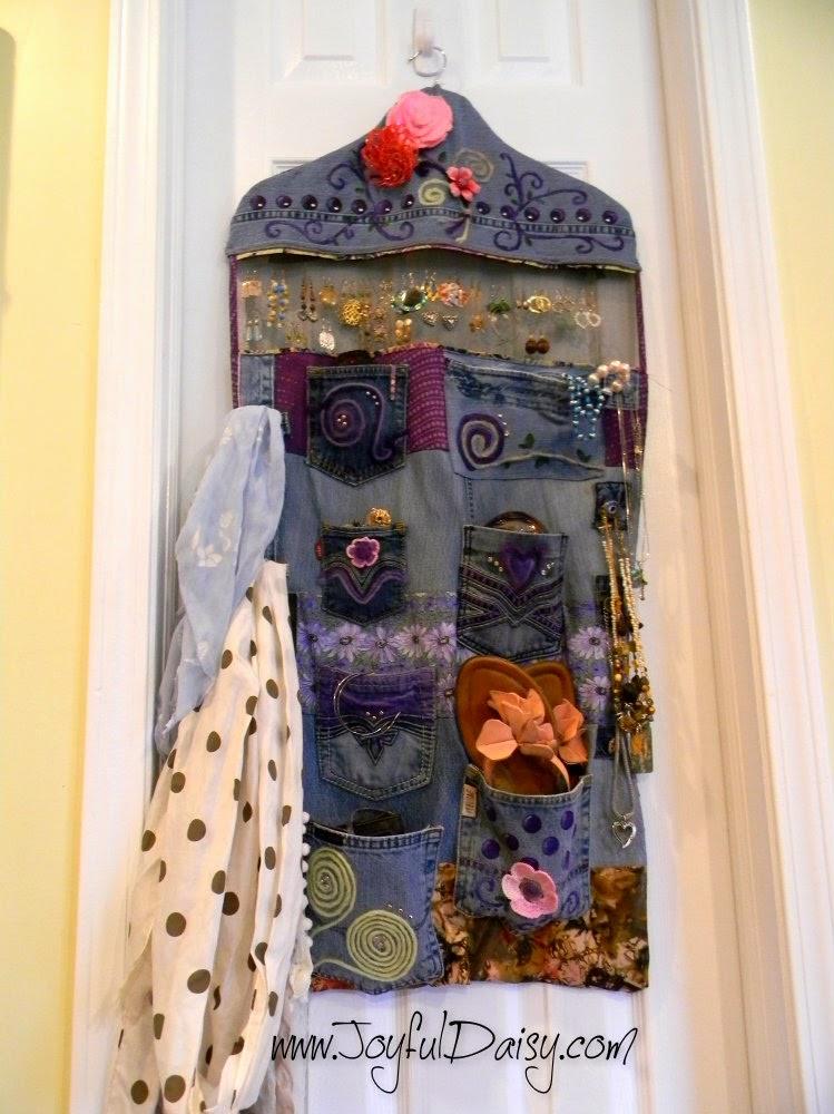 http://joyfuldaisy.com/recycled-jean-accessory-organizer/