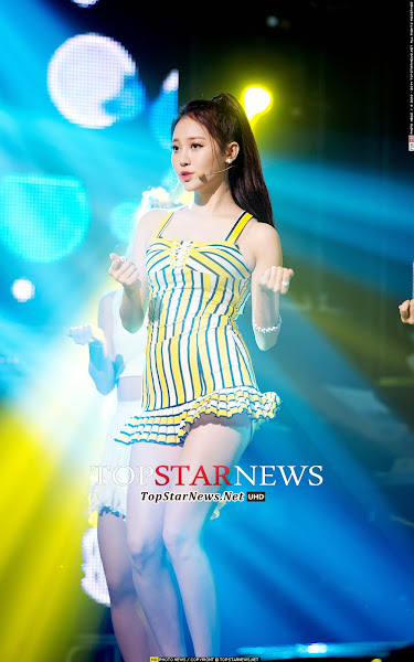 Girls Day Yura Darling Live