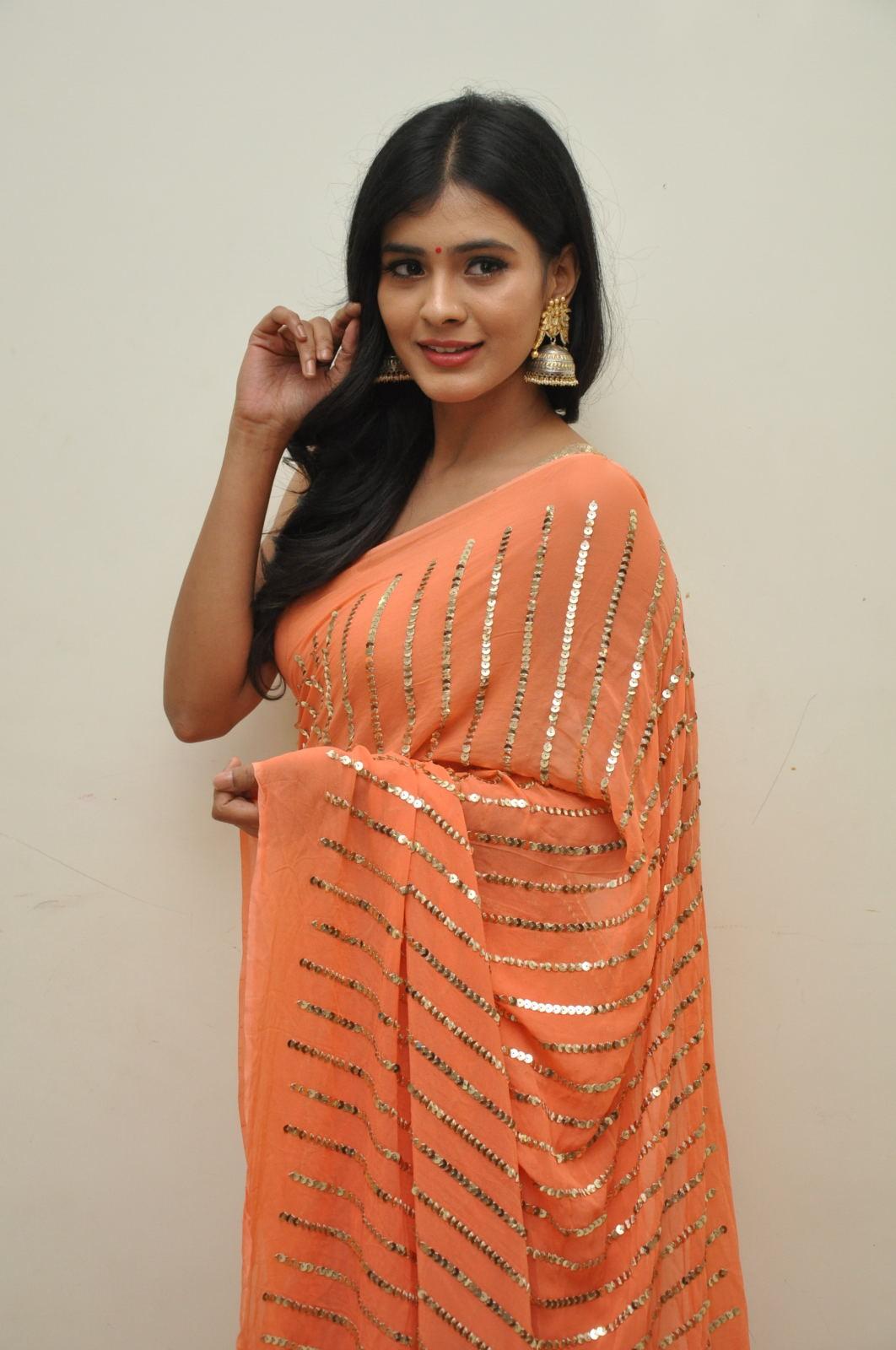 Hebah Patel photos from Kumari 21f audio-HQ-Photo-18