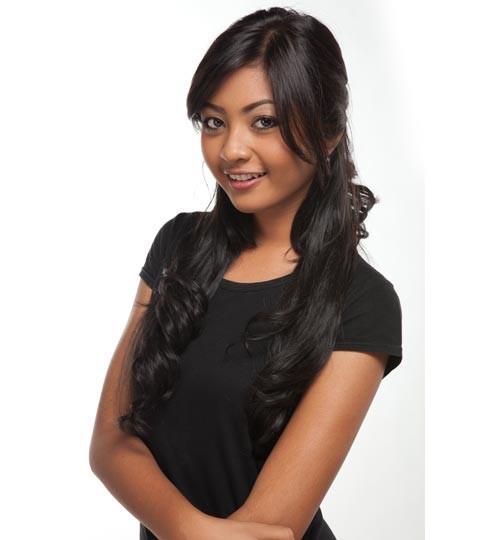 Liza Elly Purnamasari,javwa timur