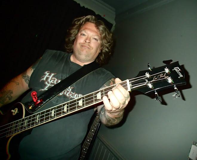 Pat le Bassman
