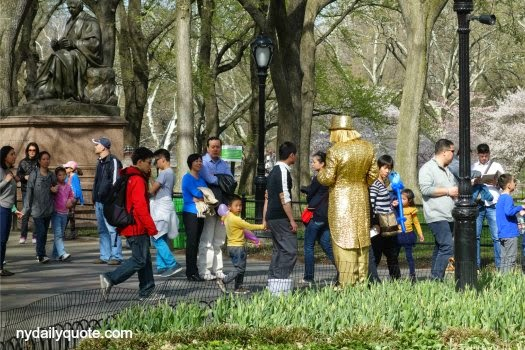 http://www.dreamstime.com/editorial-stock-image-golden-mime-central-park-s-literary-walk-new-york-city-image41306114#res4467664