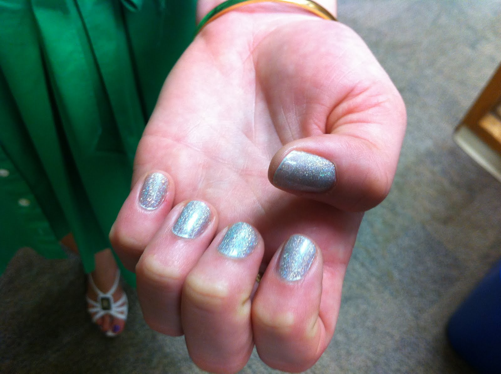 heat sensitive nail polish