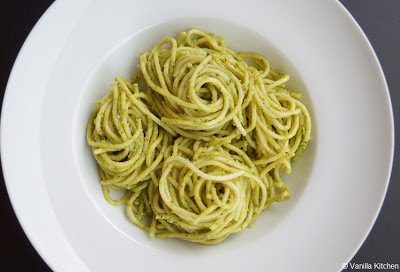 http://noplainvanillakitchen.blogspot.com/2011/12/pastasaucen-x-pesto-alla-genovese.html