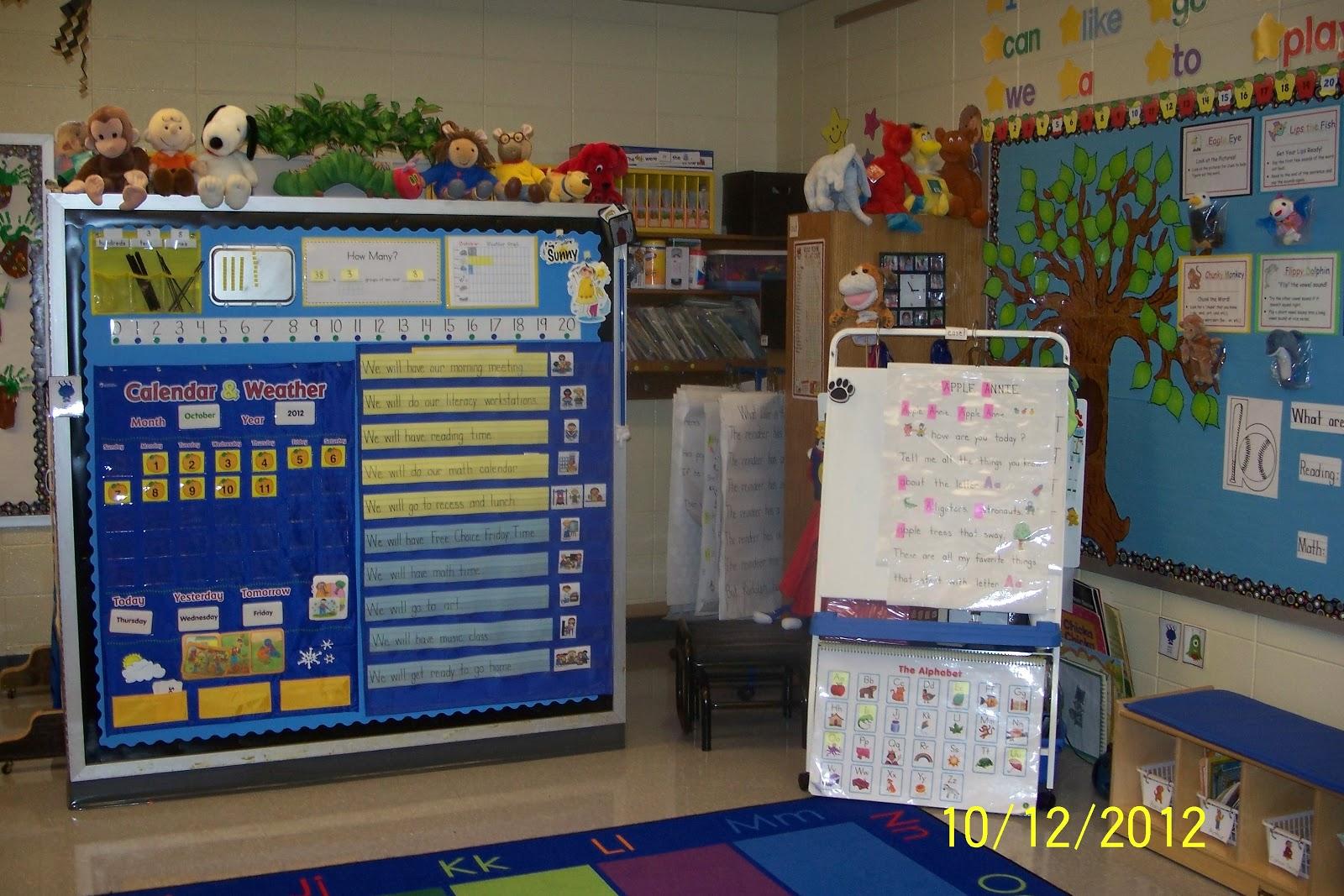 Calendar In Kindergarten Classrooms : Mrs egley s kindergarten classroom tour for