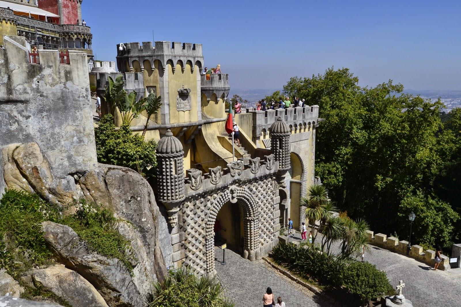 Palácio da Pena - De Mochila pela Europa! Viviane Rodrigues