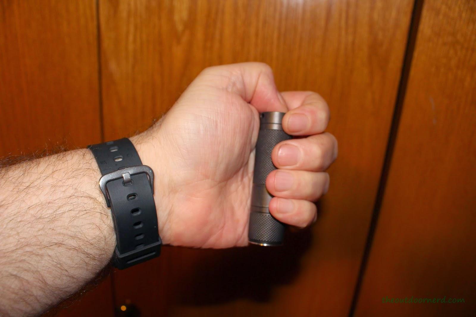 Nitecore Ex10 1xCR123A Flashlight In Hand 1