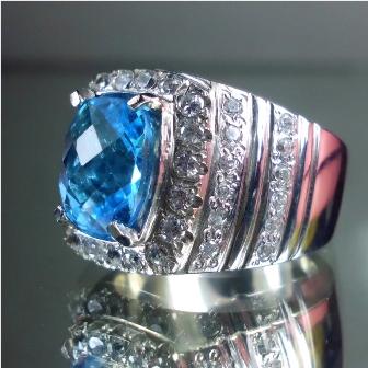 Kode : [LP280] Gemstone : Natural Blue Topaz Measurement : est