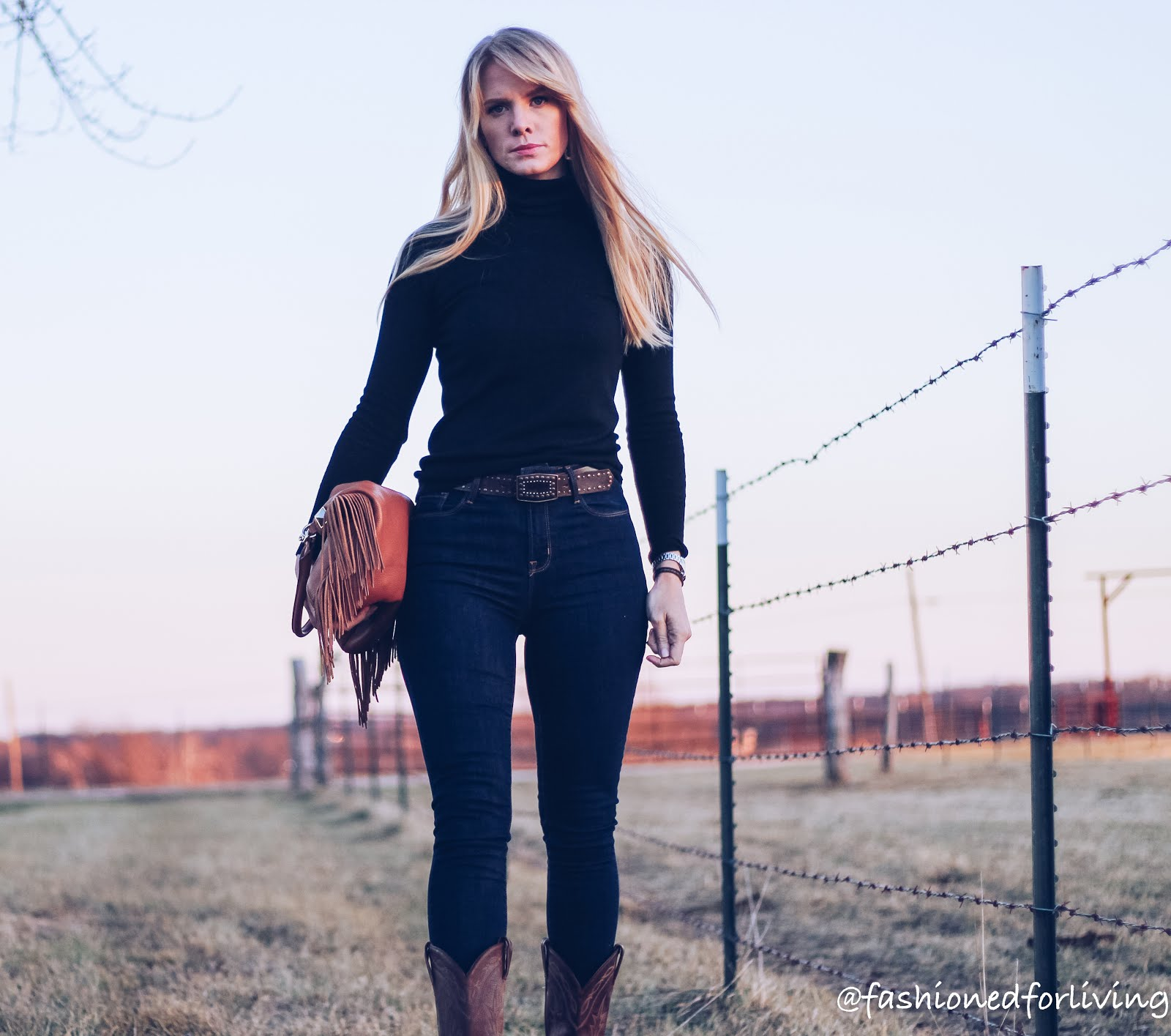 fashioned for living high waisted jeans outfit with