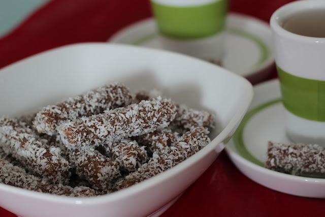 urme, dates, raw, presno, dessert, coconut, kokos