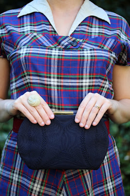 Detail on 1940s Outfit #vintage #fashion #purse #dress #plaid #1940s