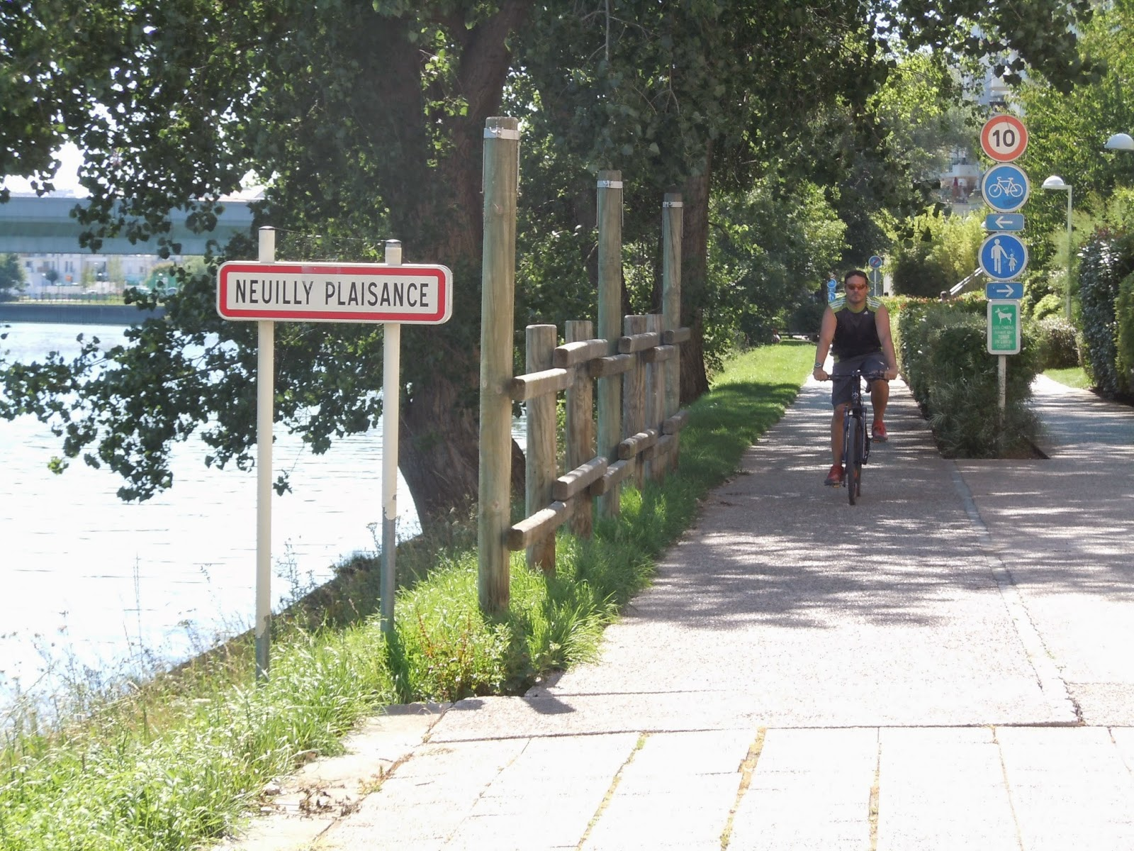 La mare aux canards le blog d 39 une parisienne vivre for Piscine neuilly