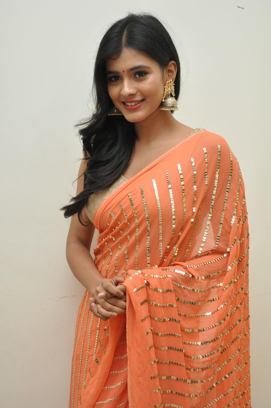 Hebah Patel photos from Kumari 21f audio-HQ-Photo-5