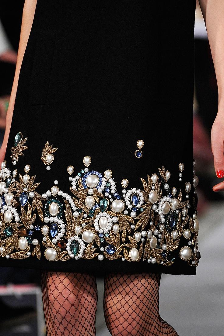 Как украсить платья своими руками фото