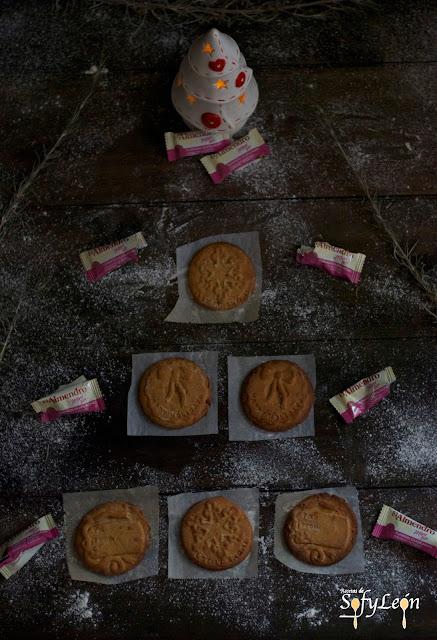 Receta de galletas de turrón paso a paso.