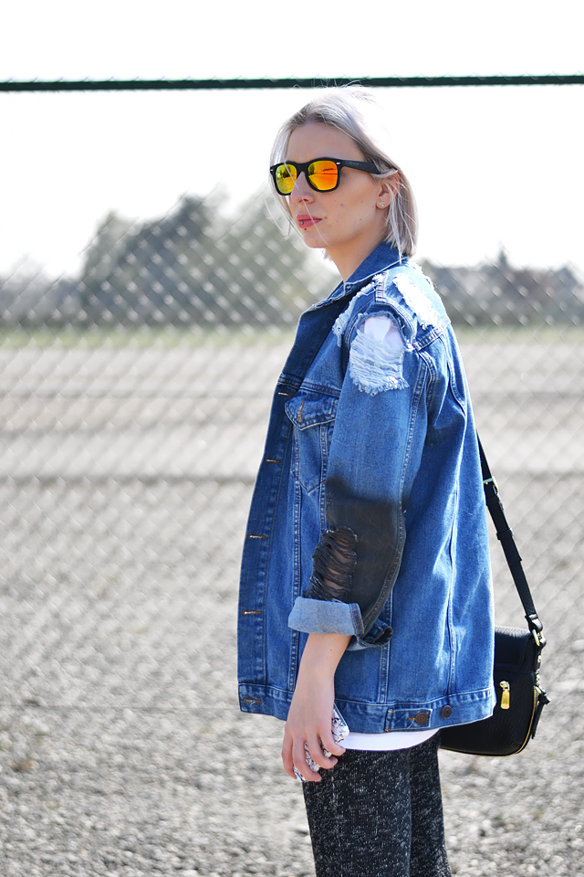 Denim jacket, distressed, ripped, mirror sunglasses, trend, fashion, 2015