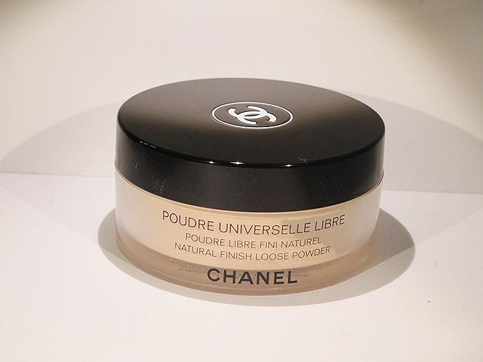 review chanel poudre universelle libre natural finish. Black Bedroom Furniture Sets. Home Design Ideas