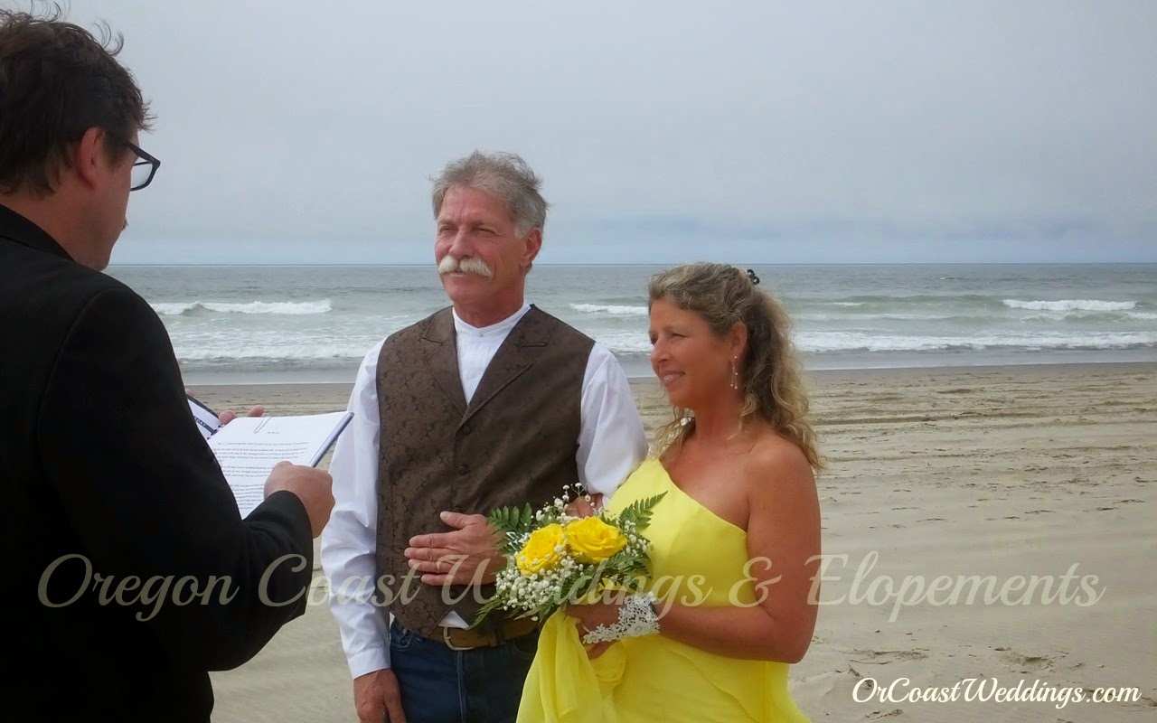 Oregon Coast Wedding Officiant