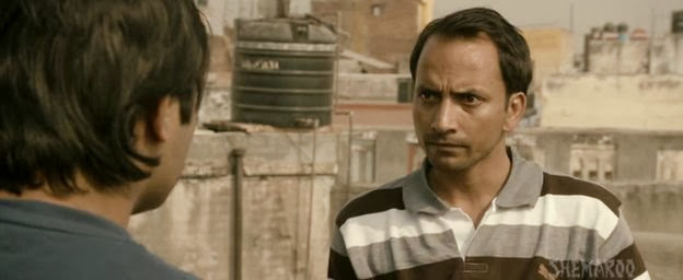 Screen Shot Of Hindi Movie Chor chor super chor 2013 300MB Short Size Download And Watch Online Free at worldfree4u.com
