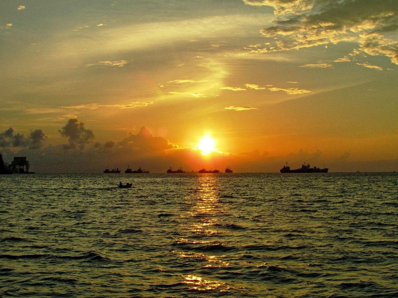 Sunset di Dermaga Birringkassi