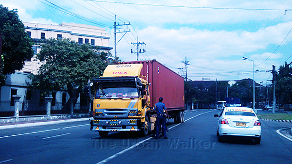 truck-traffic-in-metro-manila-truck-ban-and-truck-apprehension
