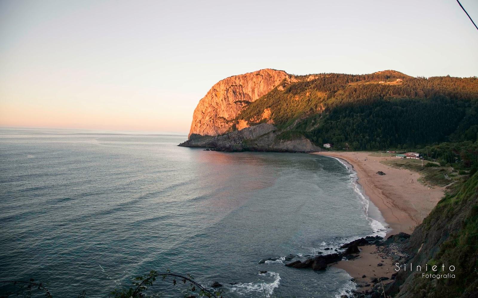 Playa de Laga, por silnieto