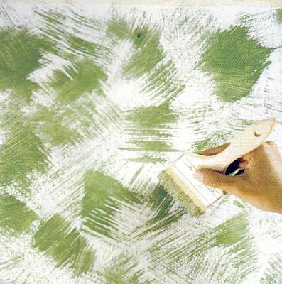 Efek dari dry brushing diperoleh dari mencelupkan ujung kuas ke dalam cat